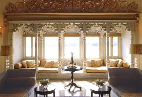 chandra-prakash-suite--taj-lake-palace-udaipur--india