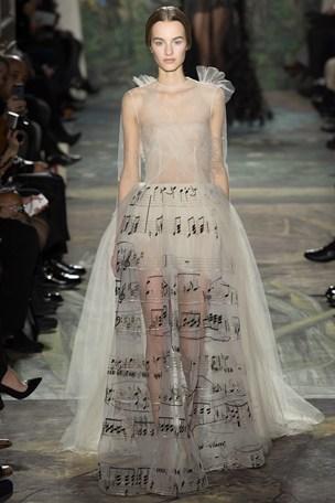 valentino parigi haute couture