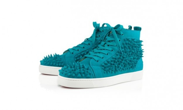 sneakers-turchesi-con-borchie