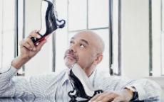 """Le scarpe """"Malefiche"""" di Louboutin-Jolie"""