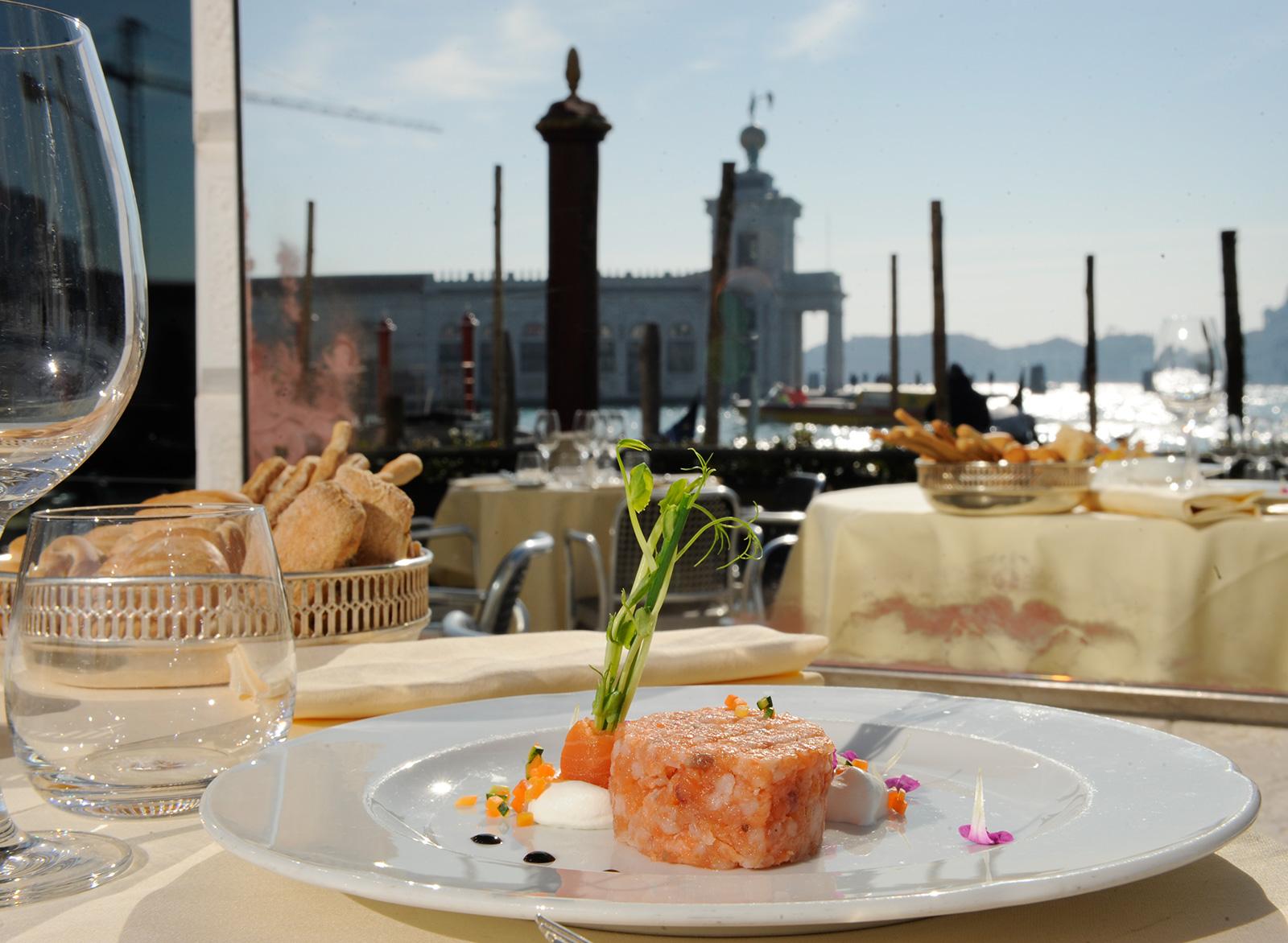 I 5 ristoranti di lusso italiani pi famosi for Piani di fattoria di lusso