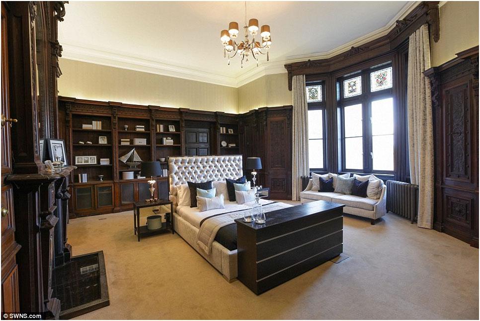Appartamento di lusso inglese casa della moglie di enrico for Appartamenti di lusso