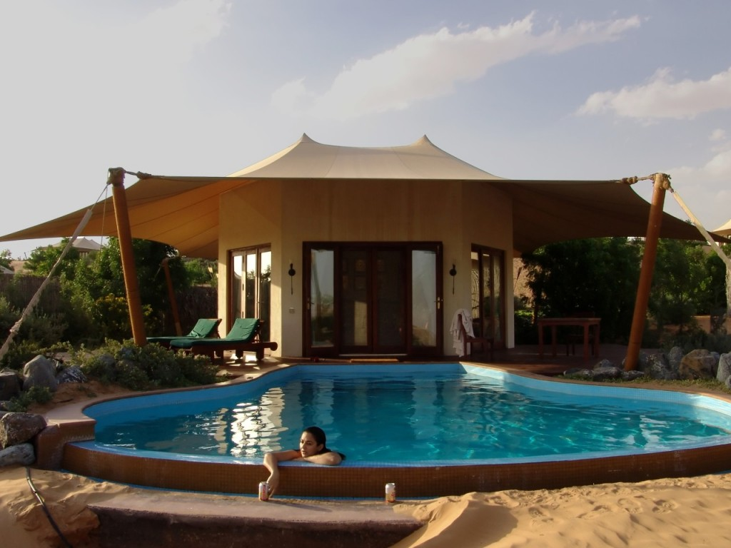 migliori-hotel-di-lusso-2013-travellers-choice-maha-desert-resort-a-dubai