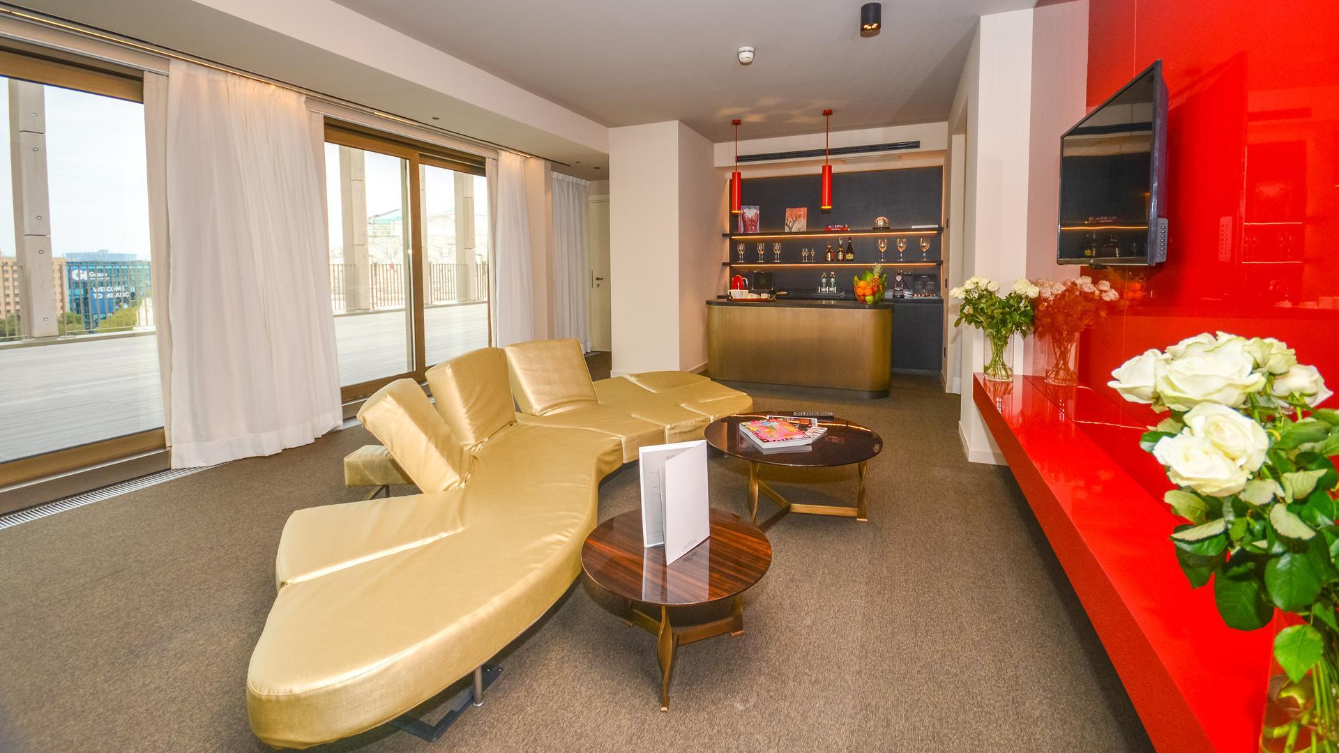 Hotel di lusso in italia ultime aperture a milano for Arredi per alberghi e hotel