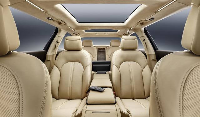 Audi-A8-XXL_horizontal_lancio_sezione_grande_doppio (1)