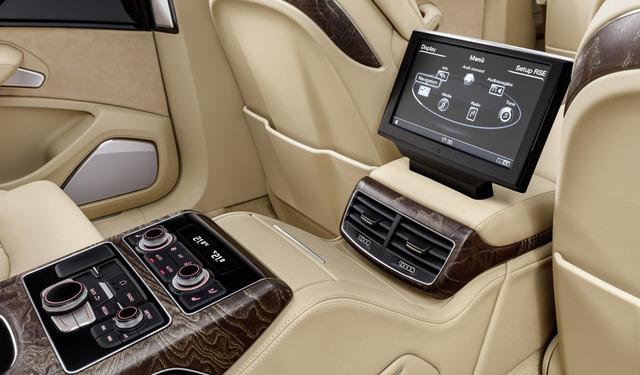 Audi-A8-XXL_horizontal_lancio_sezione_grande_doppio
