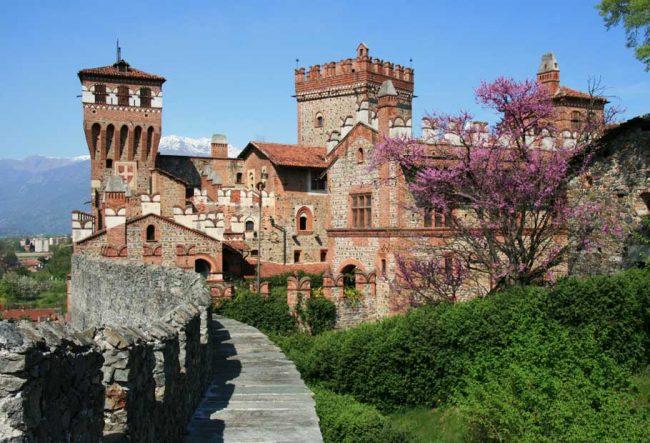 pavone 5 castelli che sono diventati hotel